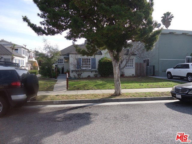 Amazing opportunity to purchase a double lot 16,626 Square Feet in Santa Monica's Sunset Park Neighborhood. 1018 Hill Street is a Five Unit property with the front unit being a stand alone remodeled 2 Bedroom 1 Bath home. The other four are 1-Bedroom 1-Bath units in the back. The property also has a two car garage along the alley and seven open spaces on the lot behind the garage. The property is being sold for $2,295,000 along with 1024 Hill Street that's also on the market for $2,295,000. Each property has a 8,313 Square Foot Lot. Perfect for future development as Condominiums, Town Homes or Luxury Apartments. This great property is located approximately 1 Mile from the Beach & Main Street. It is walking Distance to Retails Shops, Dining, and Entertainment along Lincoln Boulevard and Ocean Park Boulevard. Many other features of Santa Monica and the surrounding areas include The 3rd Street Promenade, Santa Monica Pier, Santa Monica Beach, Abbot Kinney, Venice Beach and Numerous Technology and Entertainment Companies close by for Employment. The property will have at least one unit delivered vacant. Current rents have an approximate 57% Market Rental Upside and a Pro-Forma Gross Rent Multiplier of 13.28 times. Listing Income Details for GOI, Expenses, NOI, Gross Income, Cap Rate, and GRM are based on Pro-Forma Income as if all units are at current market rents. Total Expenses were forecast to reflect property tax changes if sold and actual expenses.