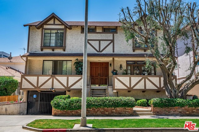 1623 GREENFIELD Avenue 4, Los Angeles, CA 90025