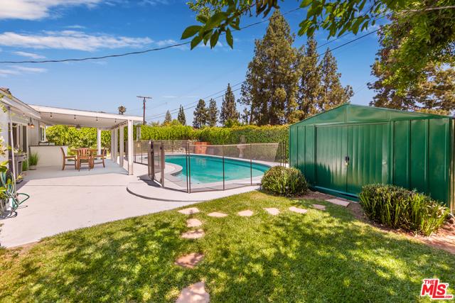 20. 22948 Arminta Street West Hills, CA 91304