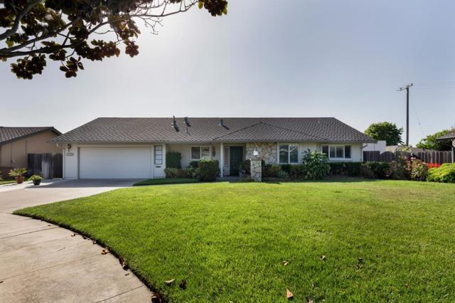 1043 Briarwood Place, Salinas, CA 93901