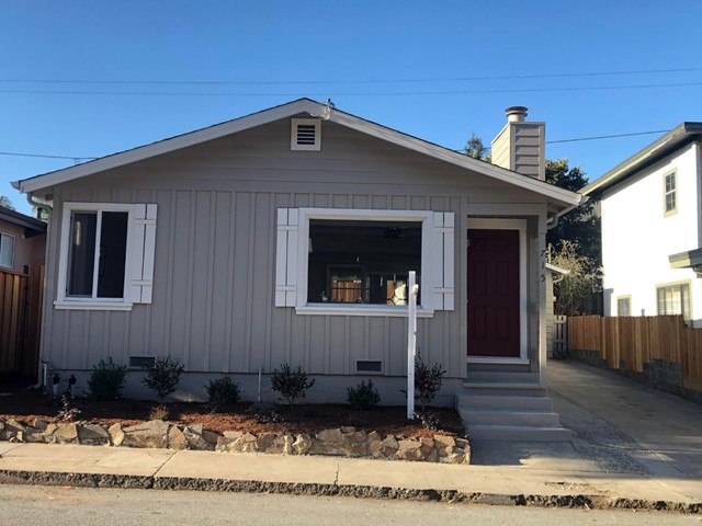 715 Bay Avenue, Capitola, CA 95010