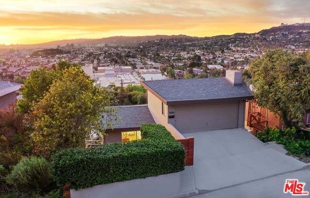 3856 FRANKLIN Avenue, Los Angeles, CA 90027