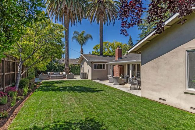 22. 1035 Rose Circle Los Altos, CA 94024