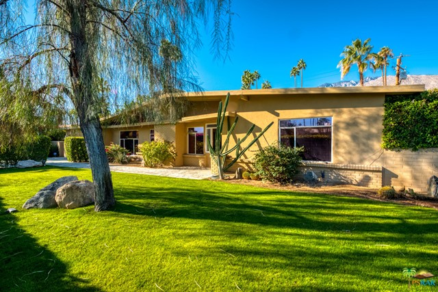 1121 S Paseo De Marcia, Palm Springs, CA 92264