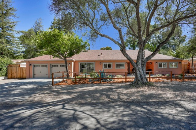 18255 Cottonwood Avenue, Sonoma, CA 95476