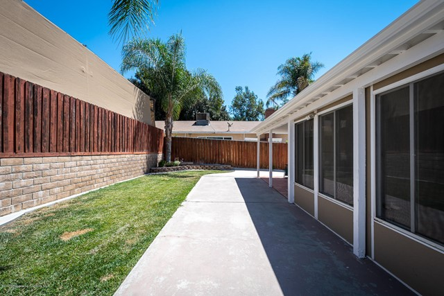 10631 Foothill Bl, Lakeview Terrace, CA 91342 Photo 21