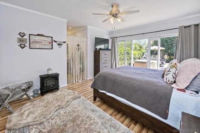950 Eucalyptus Ave, Vista CA: https://media.crmls.org/mediaz/a142bbbb-70c5-44d6-be69-35797715b1d8.jpg