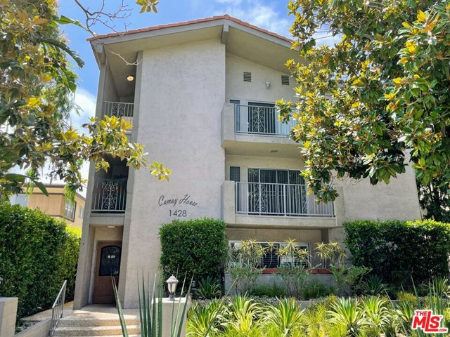 1428 15th St is an eleven-unit three-story wood frame and stucco apartment building built in 1969.The unit mix consist of five one-bedroom one-bathroom units, four two bedroom one-bathroom units, and two two-bedroom two-bathroom units. Unit #201 is vacant and newly remodeled. All other units have been remodeled except units #303 and #304, allowing a new investor to increase rents in the future. Amenities include: renovated laundry room, twelve parking spaces, and solar assisted hot water heater. The plumbing has been updated with copper pipes and the earthquake retrofit has been completed. The building is in walking distance to UCLA Santa Monica Medical Center, as well as many local shops and eateries such as Truxton's American Bistro, Coffee Commissary, and Co-Op Market & Deli.