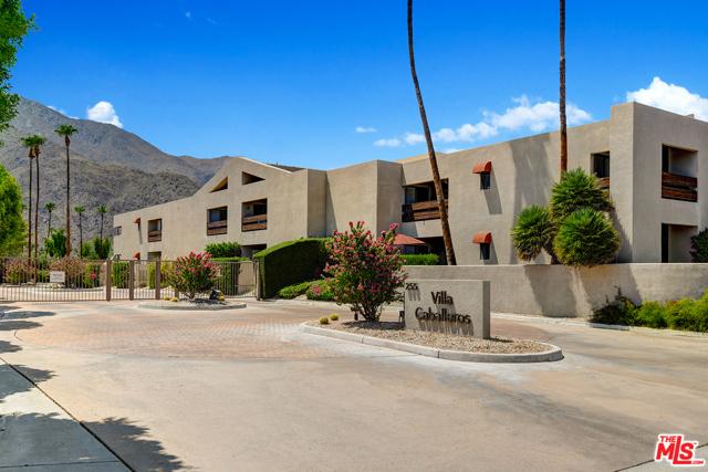 255 S Avenida Caballeros #203, Palm Springs, CA 92262