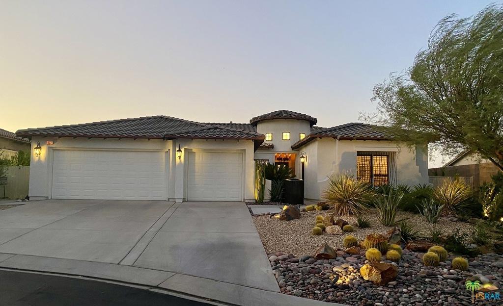 932     Tierra Lane, Palm Springs CA 92262