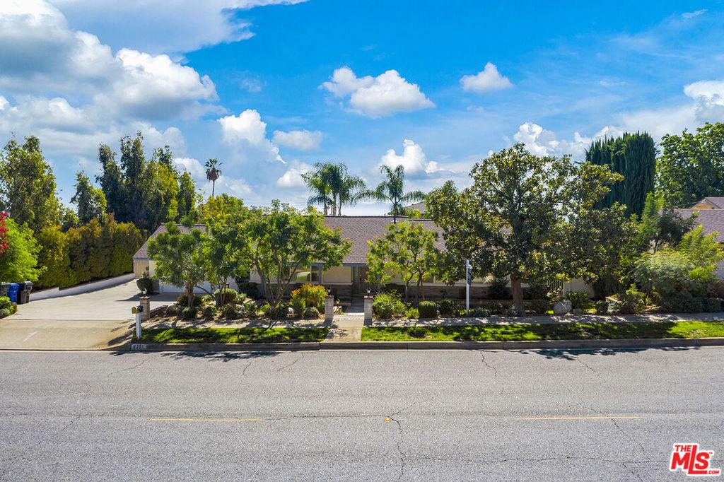 8391     Hillside Road, Rancho Cucamonga CA 91701