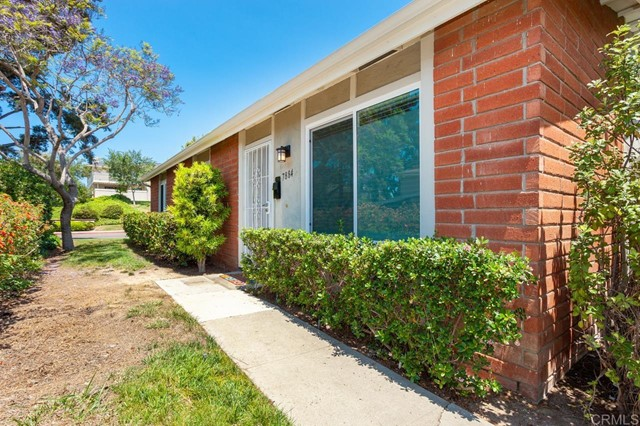 7884 Camino Huerta, San Diego, CA 92122