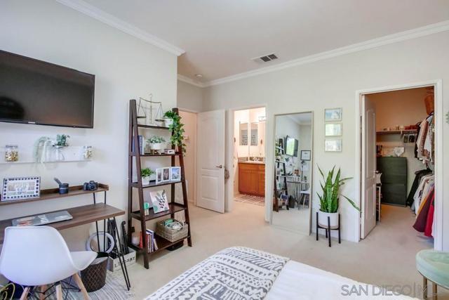 10964 Serafina Lane, San Diego CA: https://media.crmls.org/mediaz/dffc45b0-7540-4de1-ac45-0d655de34696.jpg