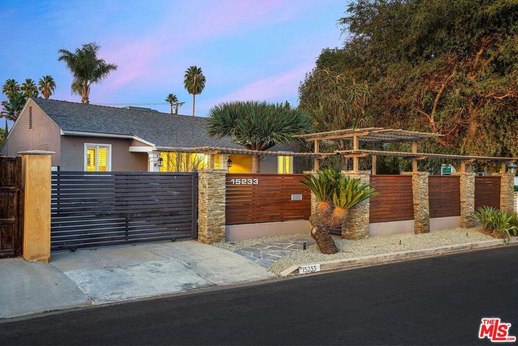 15233     Valleyheart Drive, Sherman Oaks CA 91403