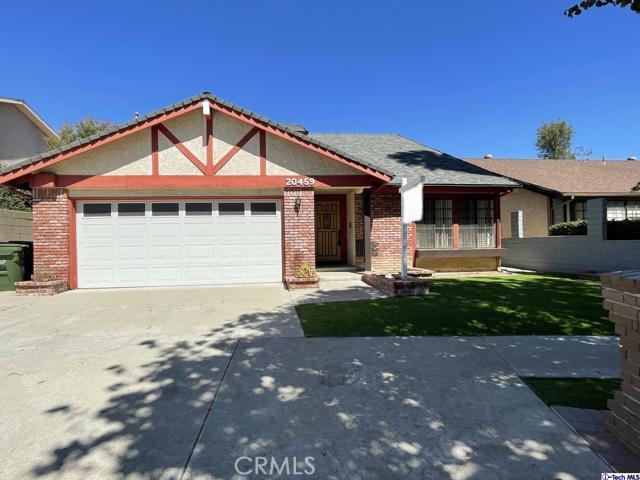 20459     Elkwood Street, Canoga Park CA 91306